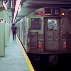A 1979 photo of the 57th Street station. from the website, www.nycsubway.org.