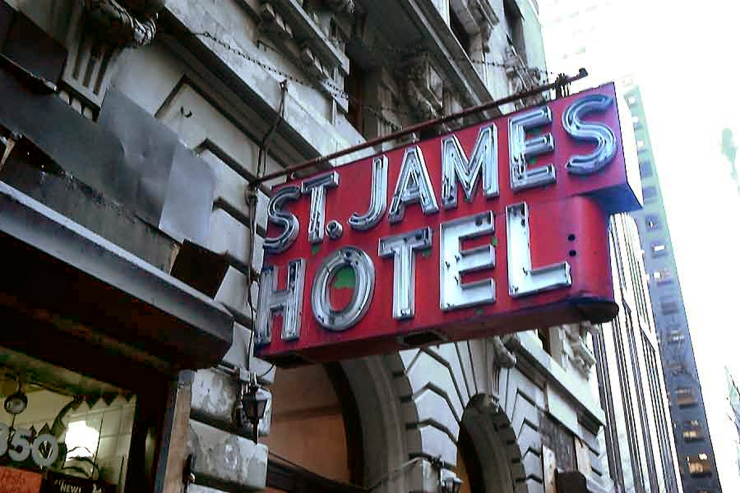 big-hotel-stjames-2002