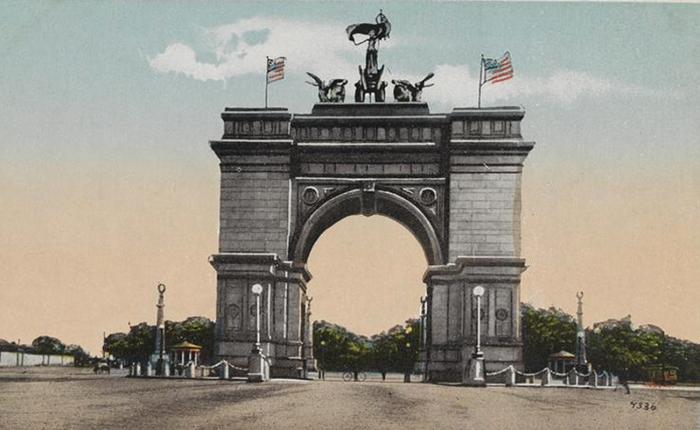 somebody-prospect-arch postcard 1905