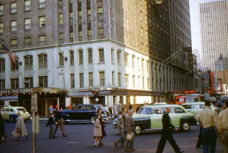 harder-hotel 1945 photo